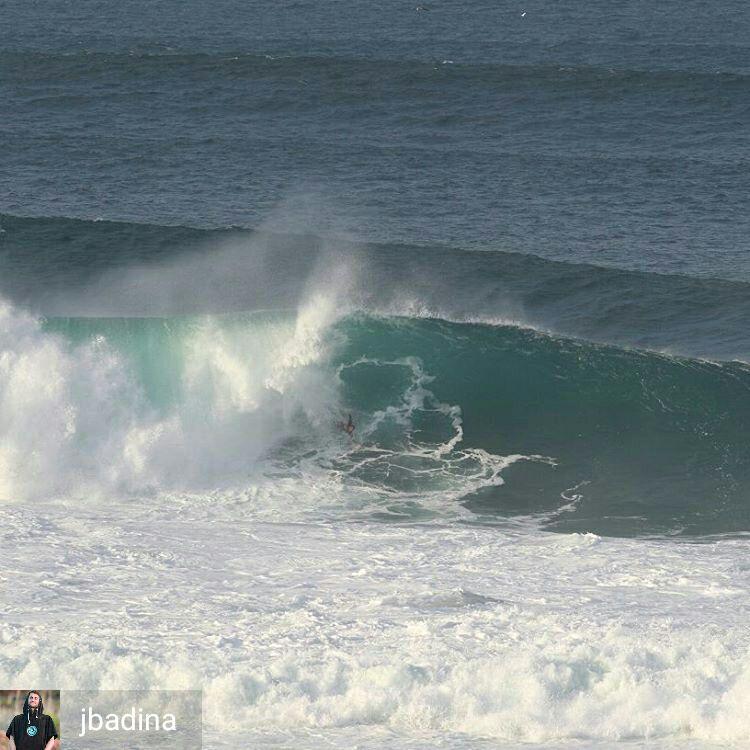 Joel Badina bodysurfing Nazare