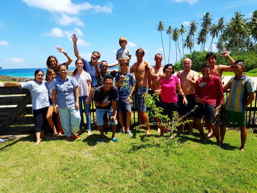 Boat Trip Simeulue, Sumatra, Indonésie - Surf house Village Staff