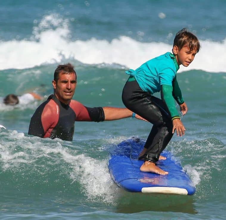 How to choose a surf camp ? Travel Guide for Surf Holidays for Groups
