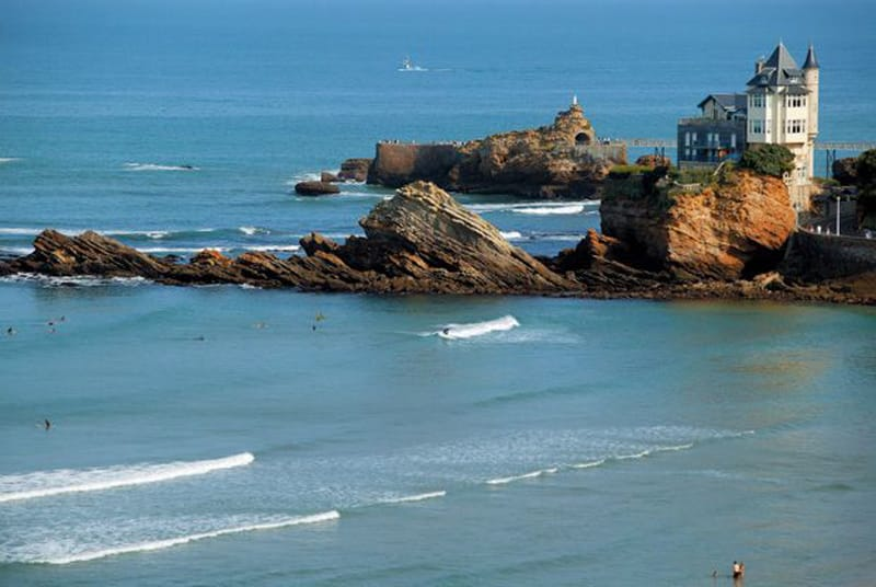 Surf Camp Biarritz La Côte des Basques