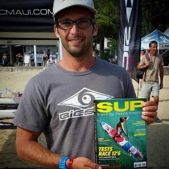 Eric Terrien, Champion de Stand Up Paddle et Foil, Plage de Sable Blanc à Fuerteventura, Corralejo, îles Canaries