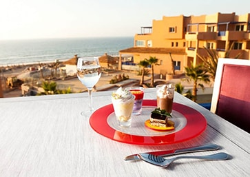Surf-Camp-Taghazout-Maroc-Terrasse