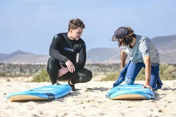 fuerteventura-surfing