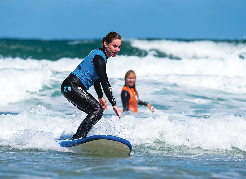 Baleal-Surf-Camp-Peniche-Portugal-surfschool-first-wave