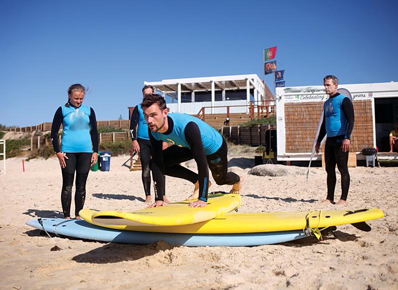 Baleal-Surf-Camp-Surfschool-@-Baleal-beach-Peniche-Portugal