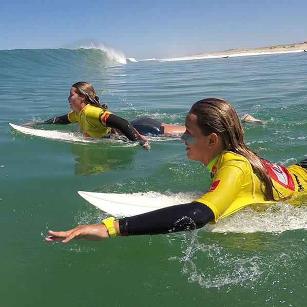 Ecole-de-surf-Capbreton-filles-2