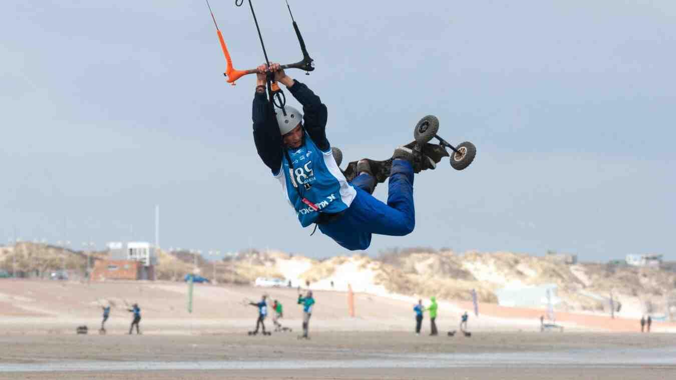 Où commencer le kitesurf ?